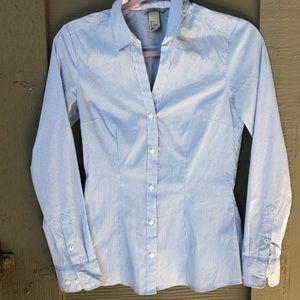 H&M Size 4 Button Down Pin Stripe Blue and White